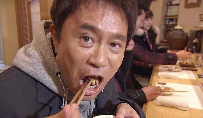 「中がトロトロで、うまいわ〜」と浜田は、どの店も大絶賛(毎日放送『ケンゴロー』)