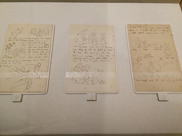 ノエル少年への絵手紙の直筆写し インク、紙/文章には、ビアトリクスのウィットに富んだユーモアも散りばめられている ©FrederickWarne&Co.,2017