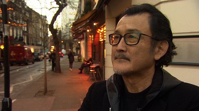 シェイクスピア俳優と呼ばれる男、吉田鋼太郎のオンとオフに密着