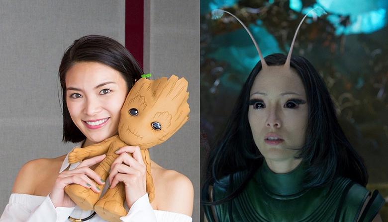 女優・秋元才加(左)と、声を演じた新キャラクター・マンティス