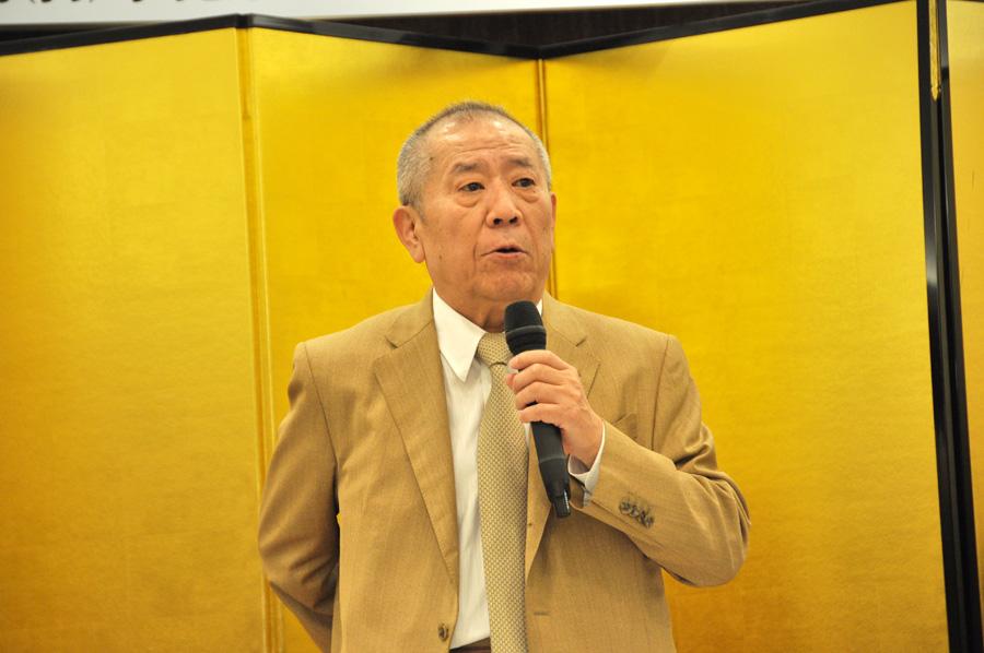 舞台『銀二貫』で大阪商人の鏡のような役を演じる桂ざこば(16日、大阪市内)