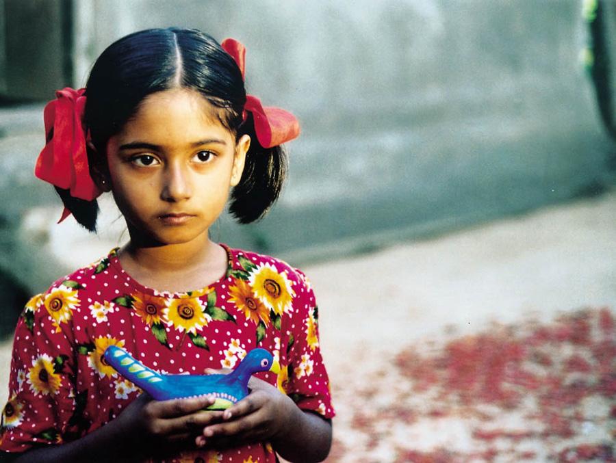 『イスラーム映画祭2』上映作品より 『泥の鳥』/バングラデシュ=フランス 2002