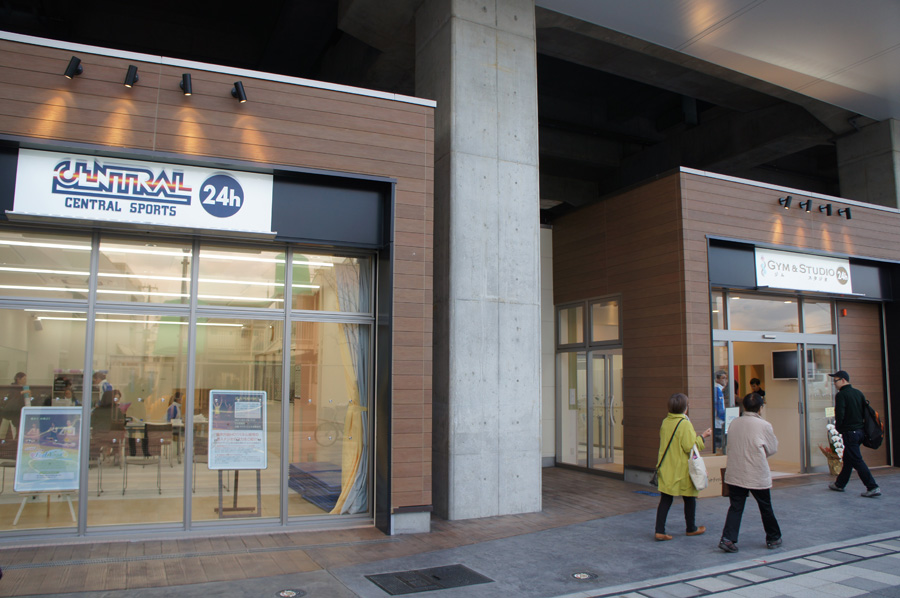 「N.KLASS泉大津」にオープンしたトレーニングジム・スタジオ「セントラルスポーツジムスタ 24」