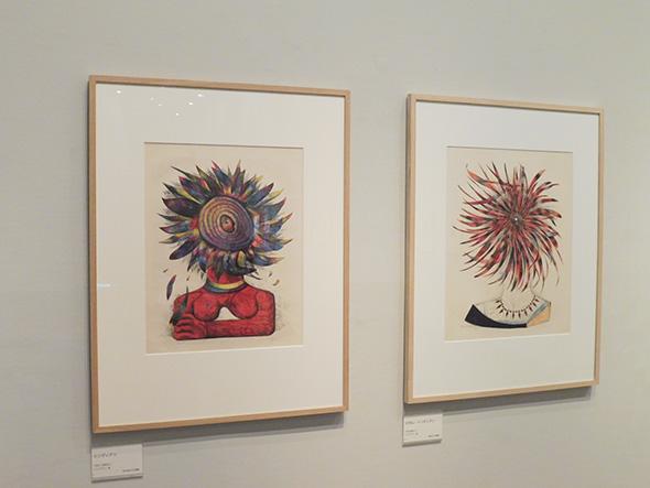 左:《インディアン》1956(昭和31)リトグラフ、紙 荒木高子氏寄贈 右:《マダム・インディアン》1956(昭和31)リトグラフ、紙 泉照子氏寄贈