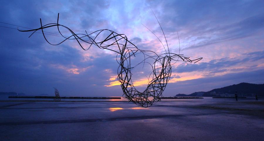 三橋玄 過去の作品より 2011年「太陽の龍」