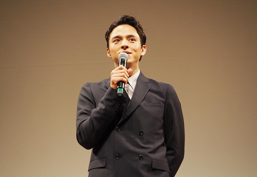 映画『ひるね姫 知らないワタシの物語』の舞台挨拶に登場した満島真之介(7日・大阪市内)