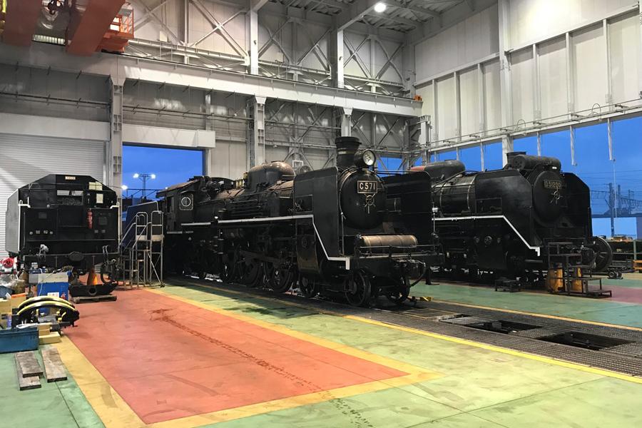蒸気機関車の検査修繕専用のSL第2検修庫