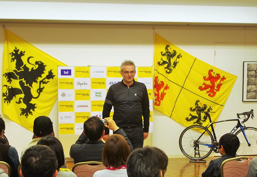 ベルギー流の自転車ライフを提案する公益社団法人フランダースセンターのベルナルド・カトリッセ館長(26日・大阪市内)