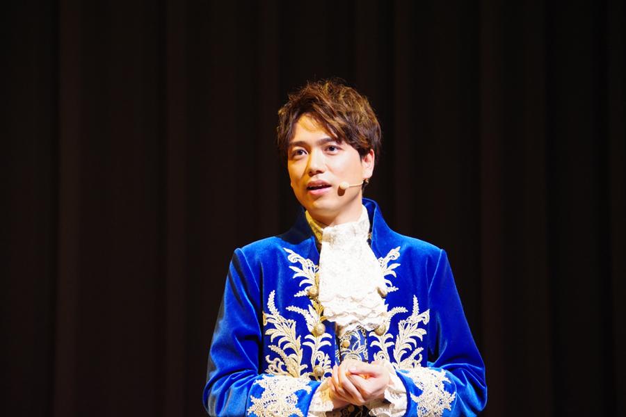自分ら、映画楽しんでや!」と関西弁を披露した山崎