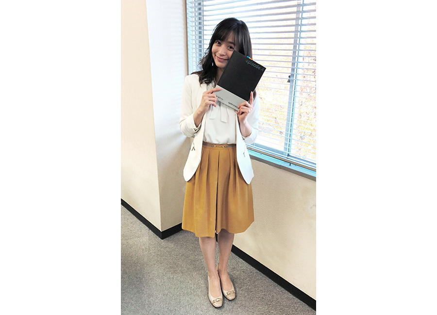 ドラマ『CRISIS 公安機動捜査隊特捜班』に大学職員役で出演した、人気モデルの野崎萌香