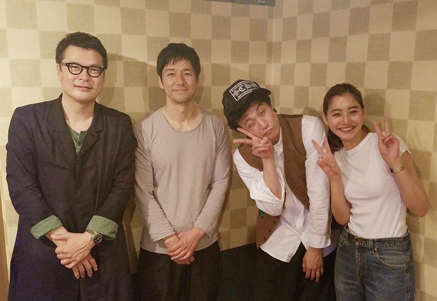 ドラマ『CRISIS 公安機動捜査隊特捜班』のツイッター企画に参加した田中哲司、西島秀俊、小栗旬、新木優子(左から)