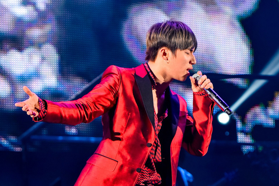 「京セラドーム大阪」にてソロ公演をおこなったBIGBANGのD-LITE(23日、京セラドーム大阪)