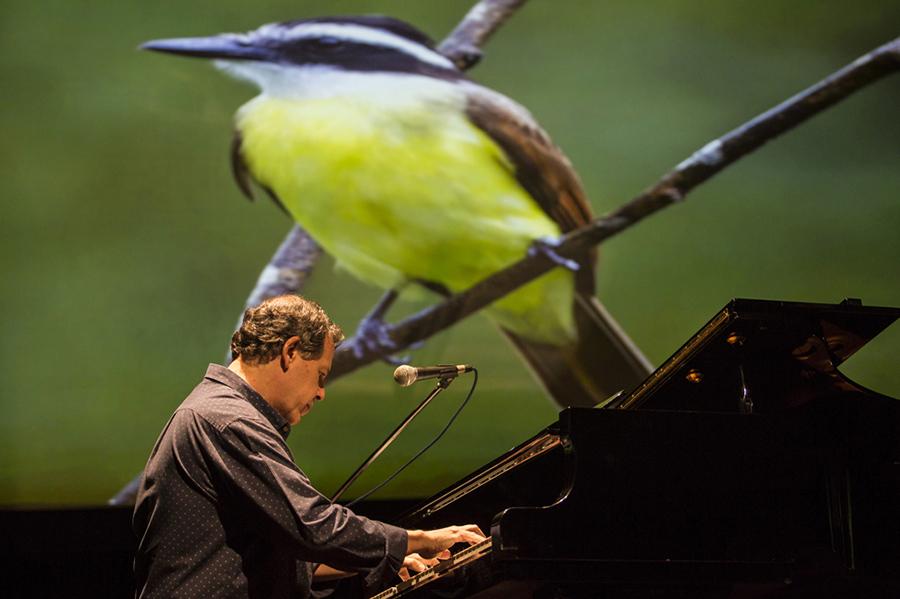 ブラジル人ピアニストのファビオ・カラムル