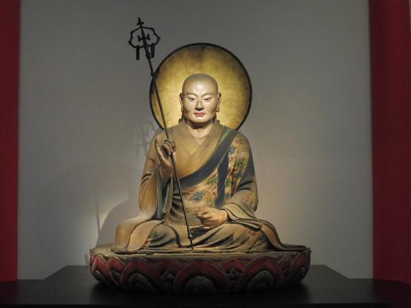 快慶作品の中でもとくに有名なもののひとつ、奈良・東大寺の「僧形八幡神坐像」