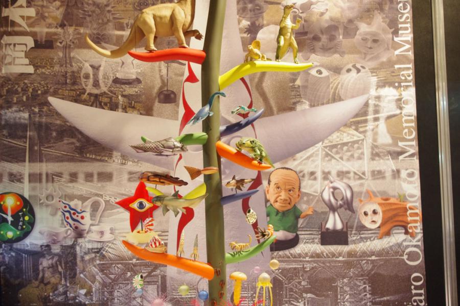 太陽の塔の内部展示「生命の樹」を1/20スケールで複製したコーナー