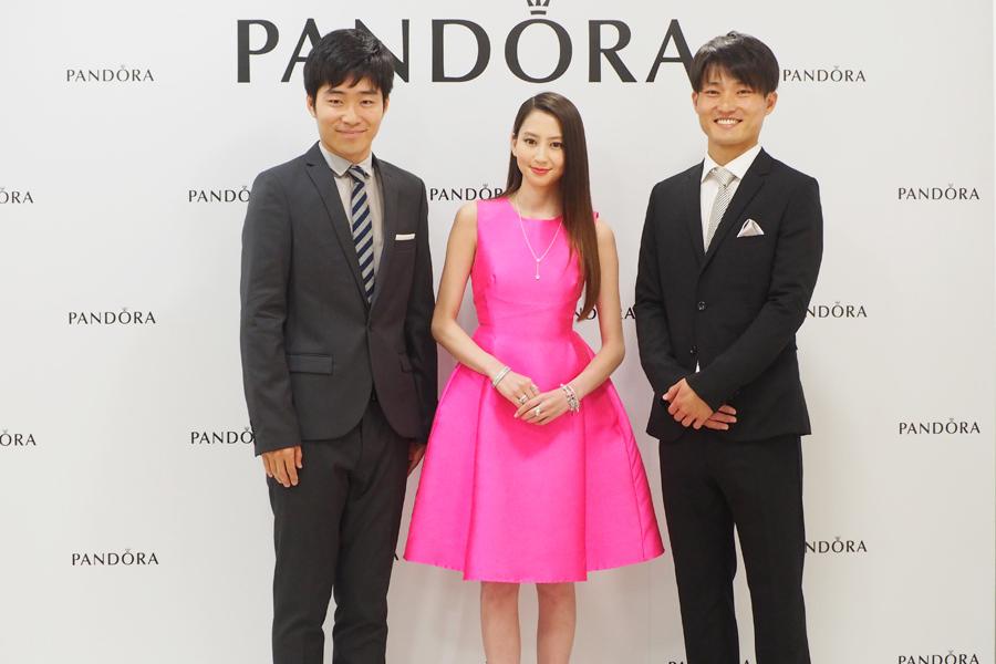 イベントに登場した(左から)後藤淳平、河北麻友子、福徳秀介(12日、大阪市内)