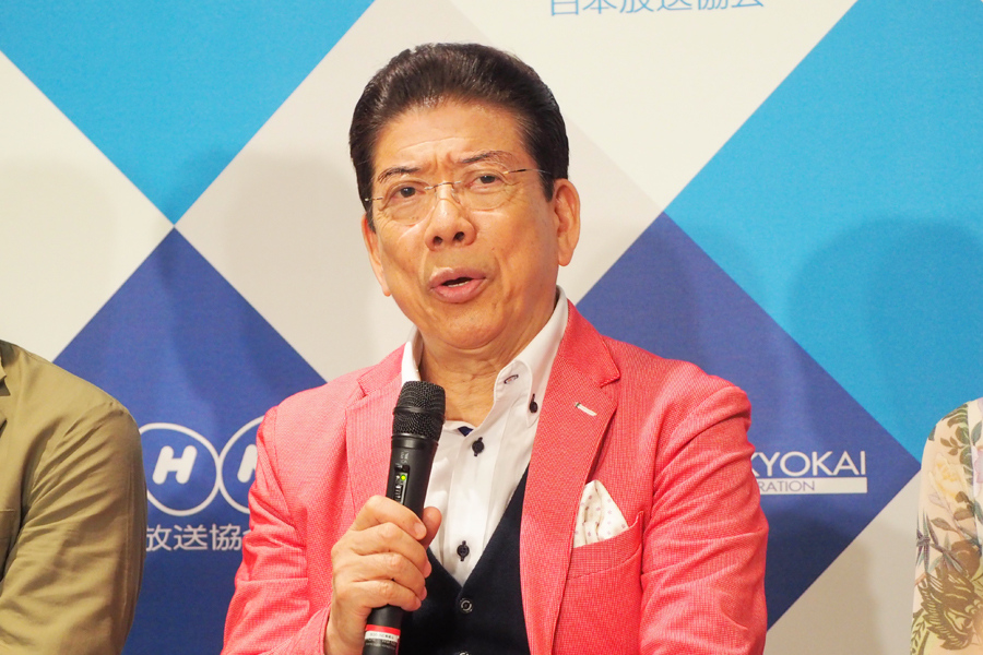 NHKの新番組『ごごスマ』の会見に登場した西川きよし(7日、大阪市内)