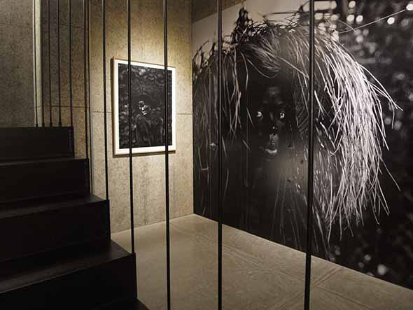 FORUM KYOTOにて、ザネリ・ムホリ「黒き雌ライオン、万歳」展