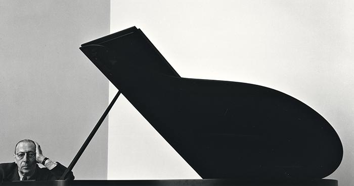 アーノルド・ニューマン《イゴール・ストラヴィンスキー、作曲家・指揮者》ニューヨーク、1946年 © 1946 Arnold Newman / Getty Images