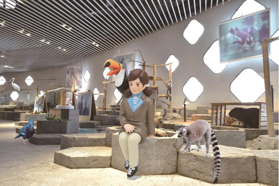 「NIFREL」館内のいろいろなフチに登場するキュレーター姿の等身大フチ子