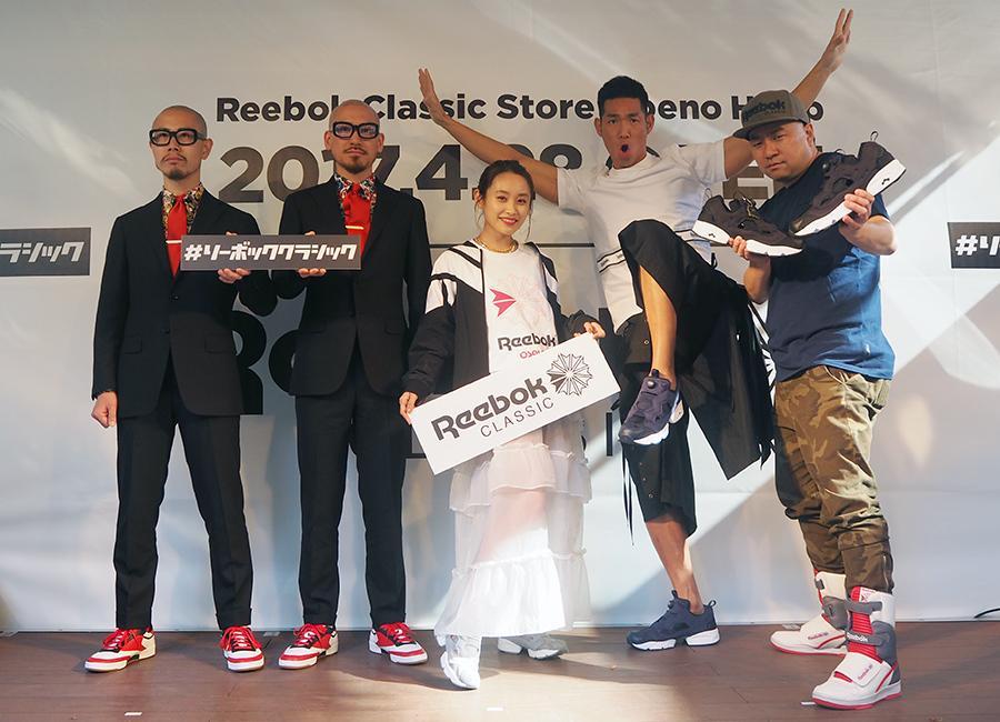 左からTHEモンゴリアンチョップス、高橋愛、レイザーラモン(28日・大阪市内)