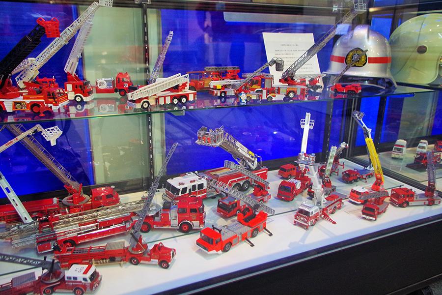 「はしご車」ひとつとっても、各国・地域の消防本部によって作りが異なる