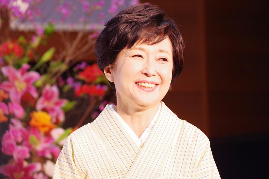 春におこなわれた会見で「大阪放送局での朝ドラ出演は『ぴあの』(1994年)以来」と笑顔を見せる竹下