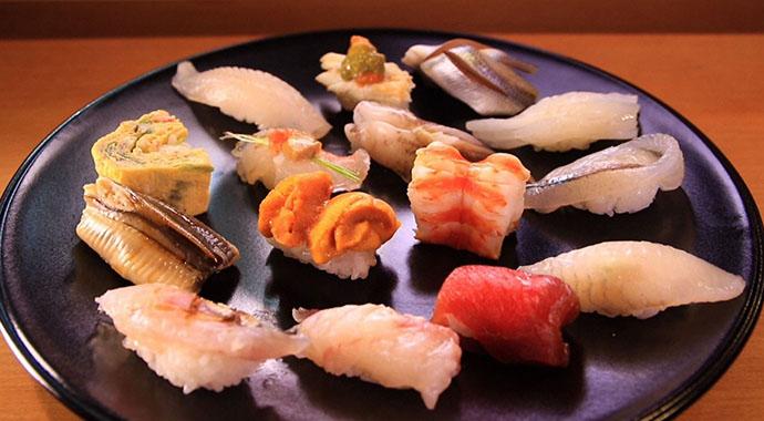 TKOが案内するのは、創業20年で看板のない握り寿司の名店(大阪市浪速区)