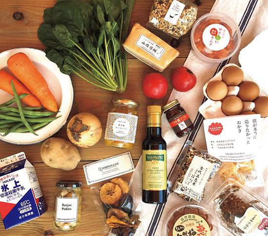 新鮮な野菜のほか地域の加工品なども紹介する、「野菜王子」として知られる福原悟史さんのお店「GOOD LOCAL MARKET CA(グッドローカルマーケットシーエー)」は5/27〜29に登場