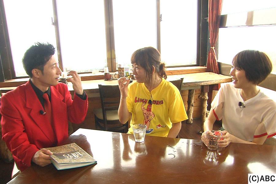 (左から)すっちー、浅香あき恵、光宗薫