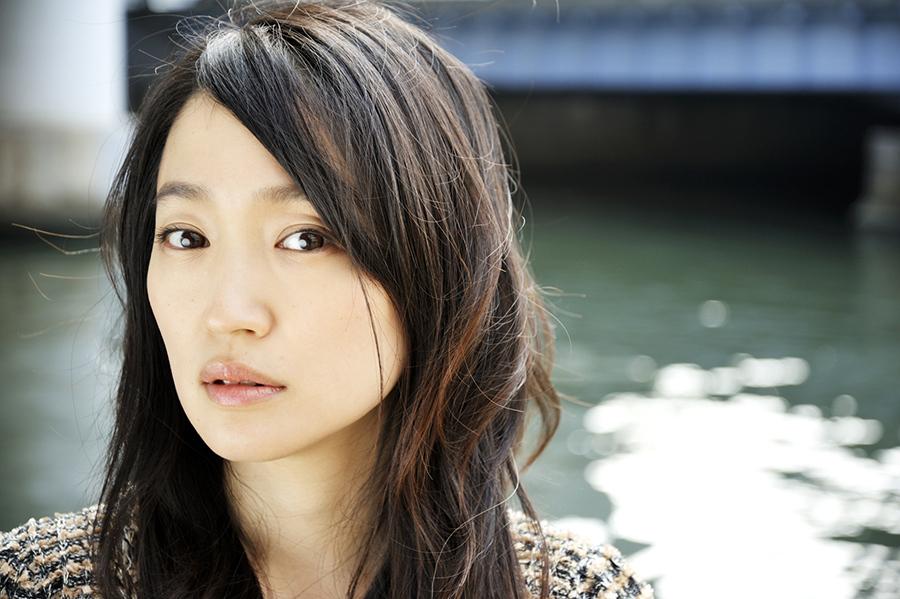 「『ポップな音楽』から『私小説』的になっていくと疲れちゃう」と語る安藤裕子