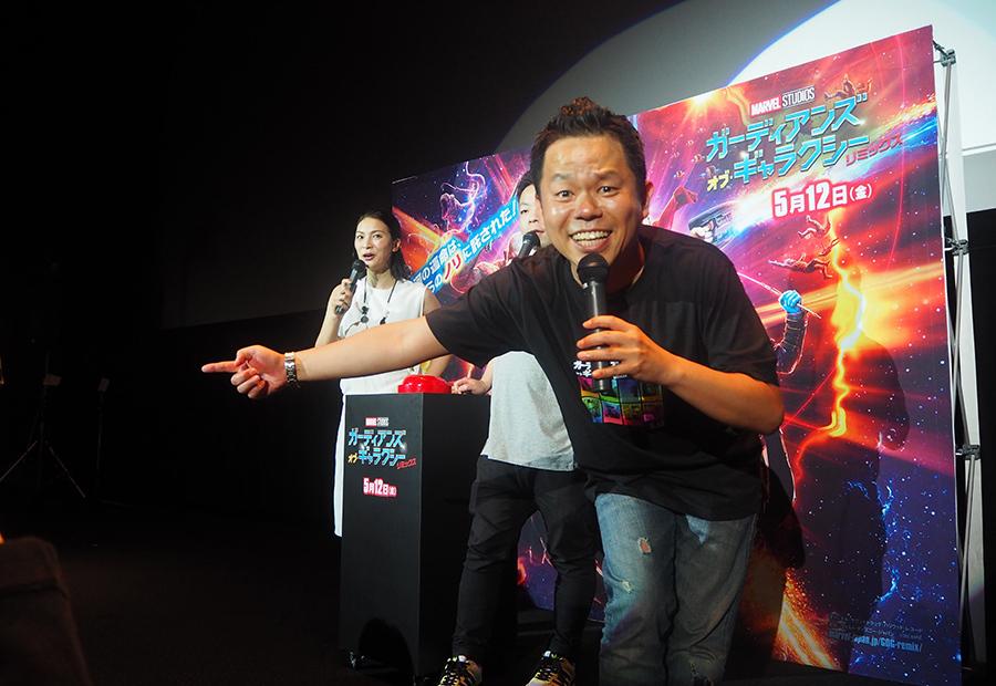 渾身の「ゴイゴイスー!」を全方位に展開したダイアン・津田(10日・大阪市内)