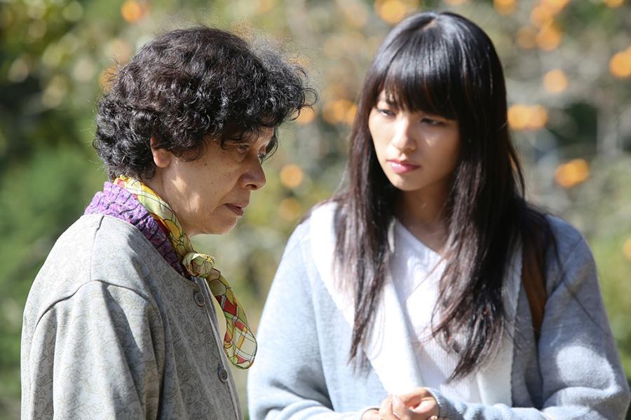 """映画『光』より女優・白川和子(左) © 2017""""RADIANCE""""FILM PARTNERS/KINOSHITA, COMME DES CINEMAS, KUMIE"""