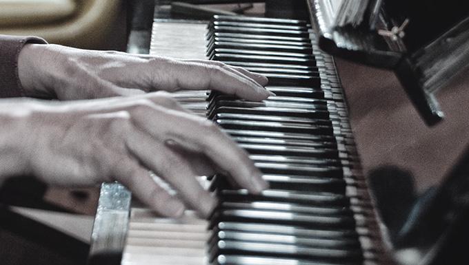 2010年に発表したピアノソロ作品集「Waltz in March」はロングセラー
