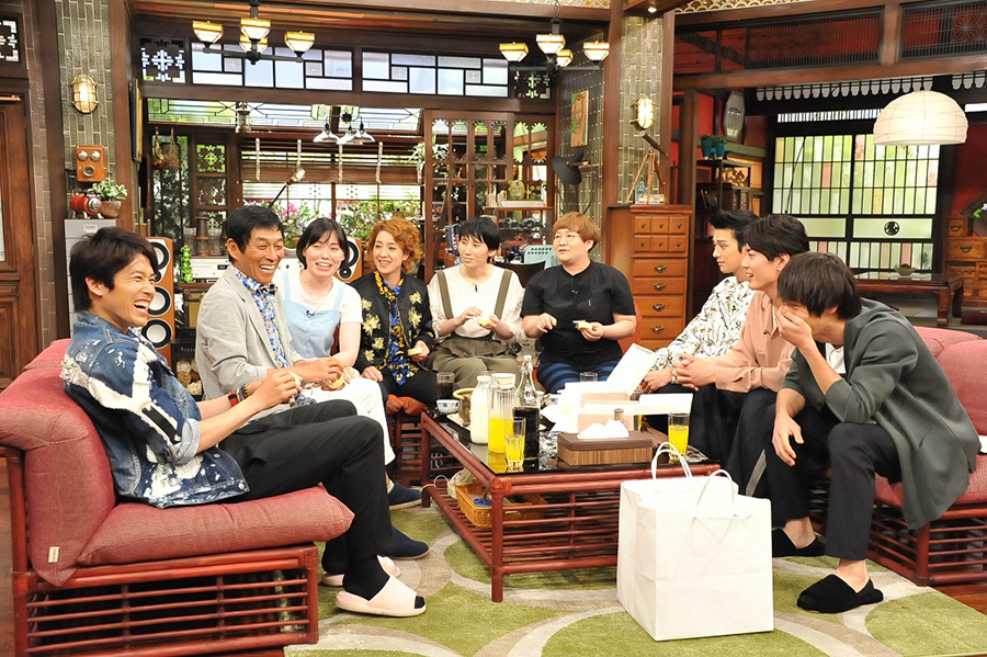 お笑い怪獣・さんまや内田篤人、女芸人たちを前に恐縮しまくりの若手俳優3人