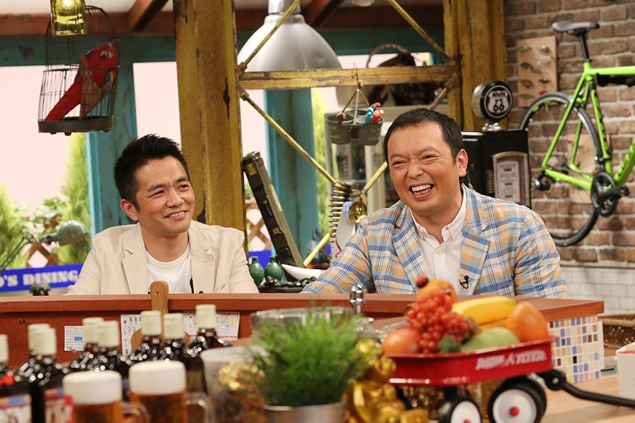 カンテレ『おかべろ』に出演した中川家の剛(左)と礼二