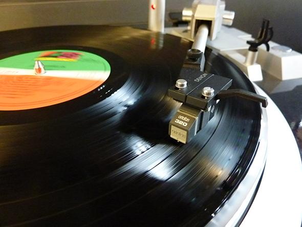 レコードならではの音が再評価されている