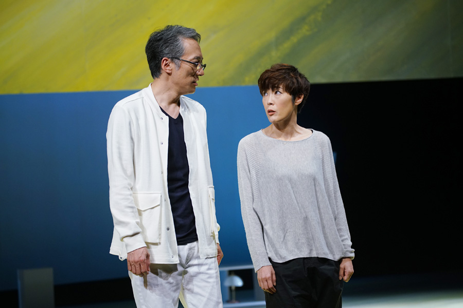 ショックを乗り越え舞台に上がった寺島しのぶと故・中嶋しゅうの代役をつとめた斎藤歩