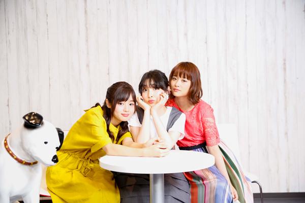 左から、藤原さくら、家入レオ、大原櫻子(写真/羽田誠)