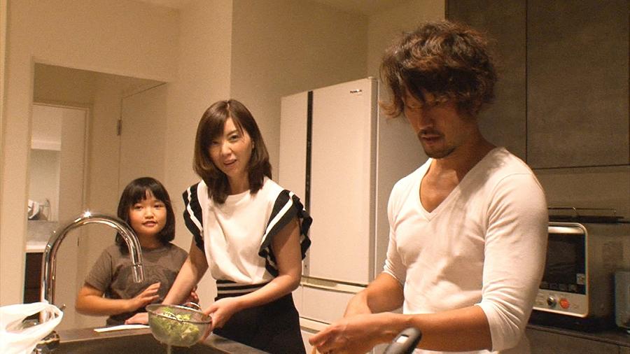 角川書店創始者の孫であり、角川春樹の娘という角川慶子の3億円の豪邸