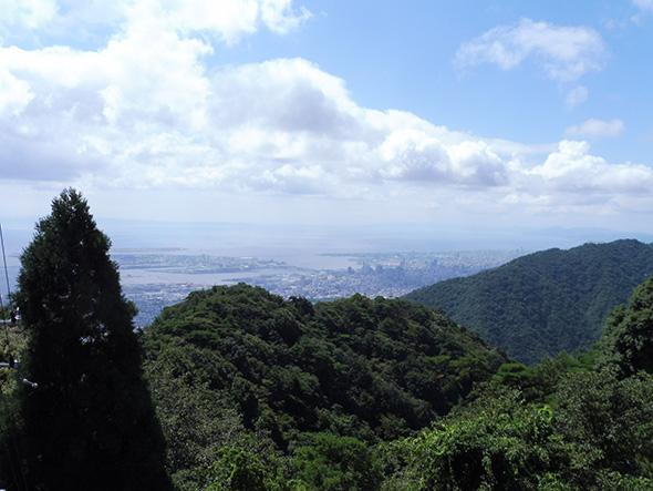 六甲ケーブル・六甲山上駅からの眺め