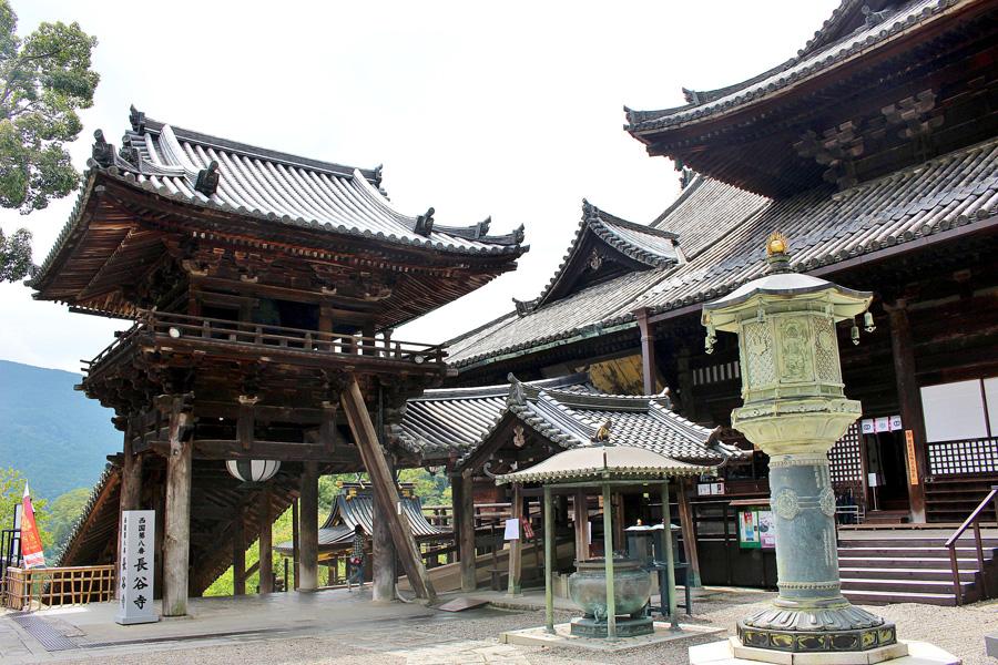 国宝である長谷寺の御本堂