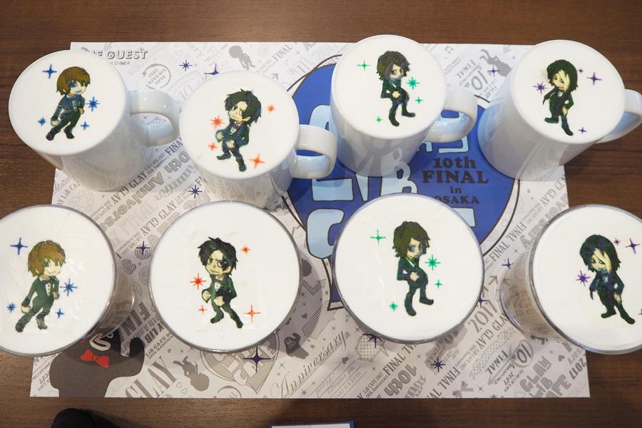 G4キャラクター(ランダム)が乗ったカフェラテ(HOT/ICE)各790円