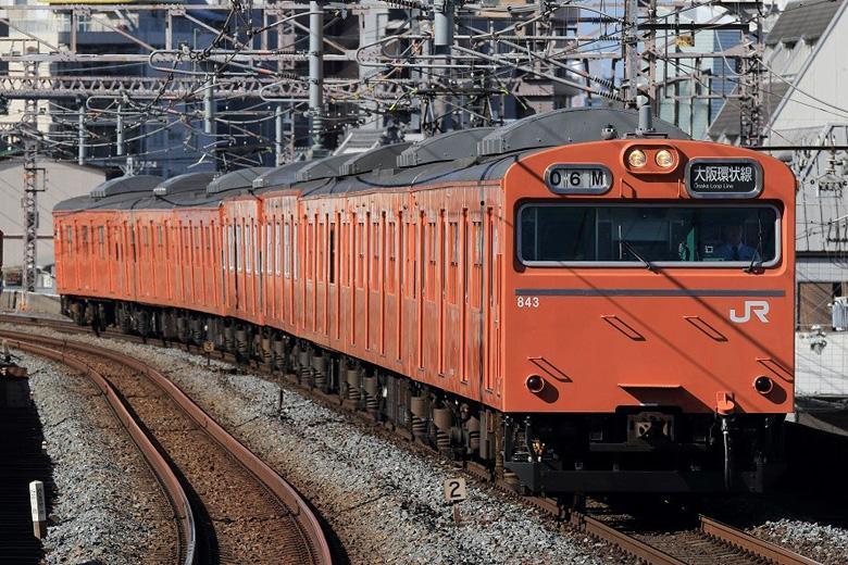 10月3日に営業運転終了となる、オレンジ色の103系電車