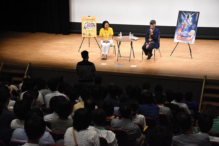 観客から寄せられた質問にひとつひとつ律儀に答えた富野由悠季監督(2日・奈良市内)