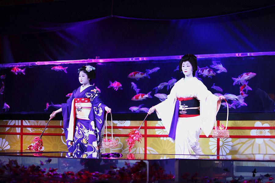 京都らしい情緒に溢れる、アートアクアリウムの舞台「水戯の舞台」(25日・京都市内)
