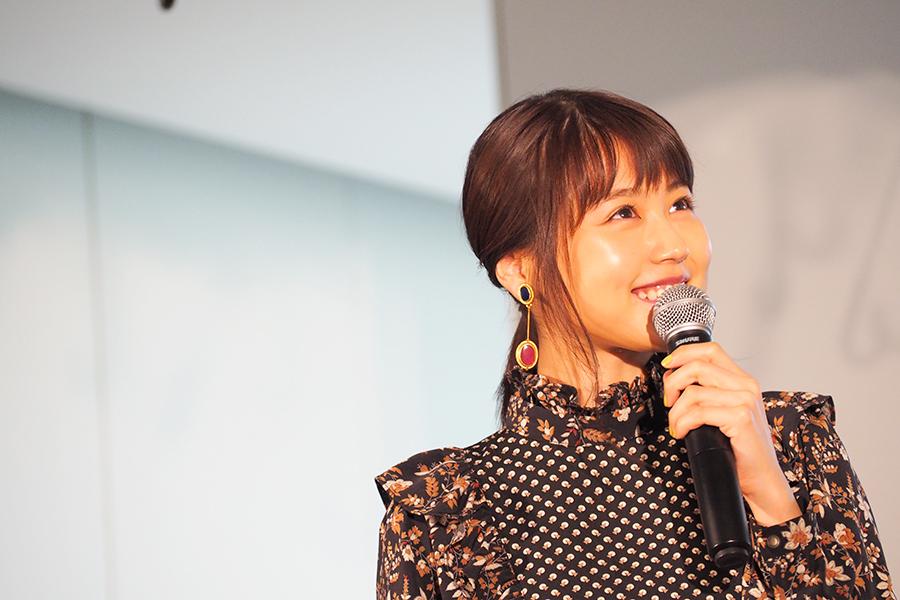 映画の公開記念イベントに登場した有村架純(5日・大阪市内)