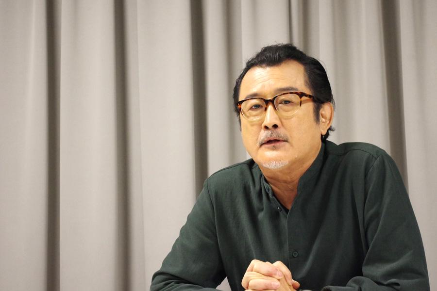唯一無二の存在感を放つ俳優・吉田鋼太郎