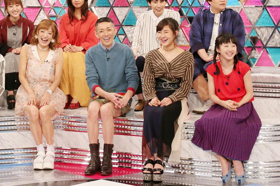 左から、ゲストの梁愛美、ピカ子、村上佳菜子、本田望結