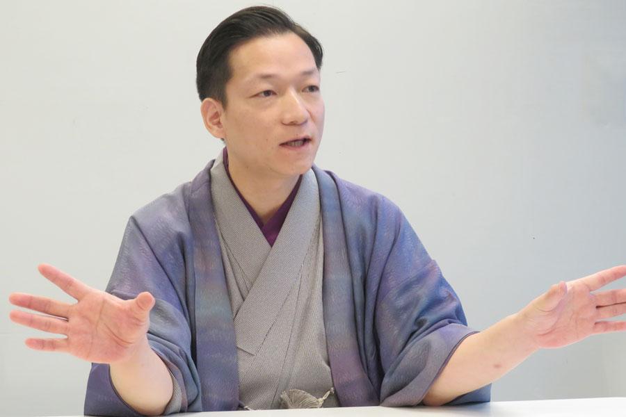 大阪文化の次代の担い手に贈られる平成28年度「咲くやこの花賞」を受賞した桂佐ん吉